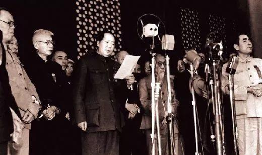 袁隆平之前,他是致力解决中国人吃饭问题的第一人--新县志